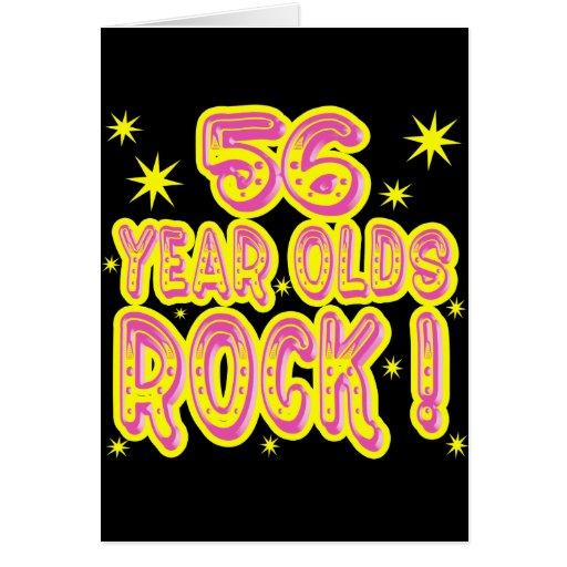 ¡roca de las personas de 56 años! Tarjeta de felic