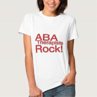 Roca de los terapeutas del ABA (roja) Camisetas