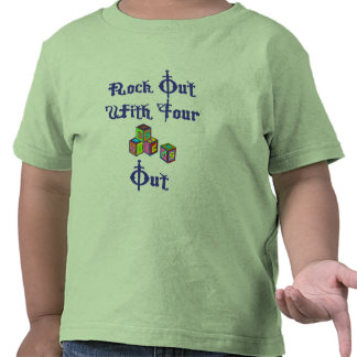 Roca hacia fuera con sus bloquear camiseta