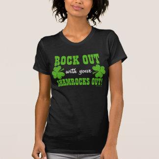 ¡Roca hacia fuera con sus tréboles hacia fuera! Camisetas