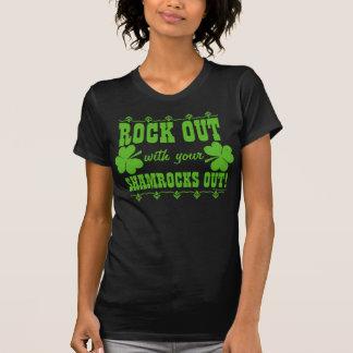 ¡Roca hacia fuera con sus tréboles hacia fuera! Camiseta