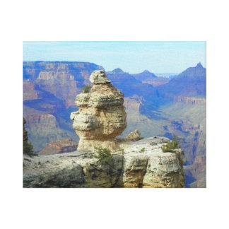 Roca solitaria lienzo