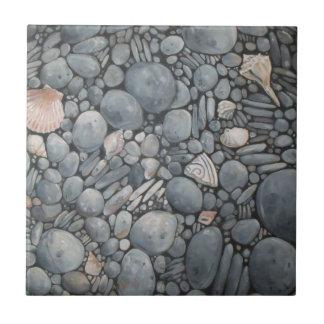 Rocas de los guijarros de la playa de las piedras azulejo de cerámica
