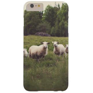 Rocas mullidas blancas lindas de los árboles del funda barely there iPhone 6 plus