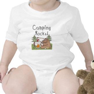 Rocas que acampan trajes de bebé