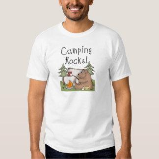 Rocas que acampan camisetas