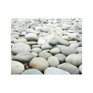 Rocas redondeadas lienzo
