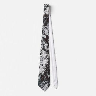 Rocas temáticas, visión desde el top de un corbata personalizada