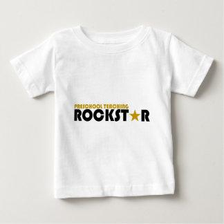 Rockstar de enseñanza preescolar camiseta para bebé