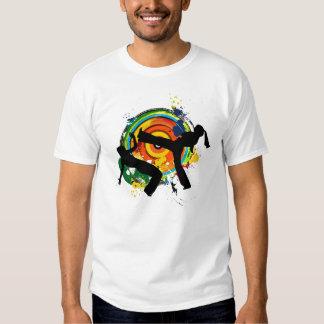 Roda colorido camisetas
