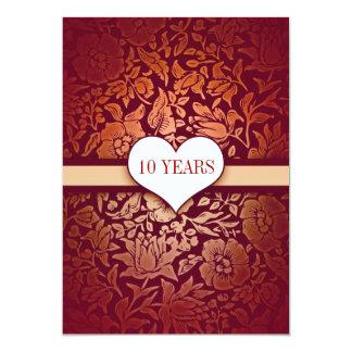 rojo 10 años de boda del aniversario de invitación