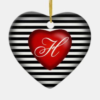 Rojo blanco negro rayado del corazón el | del adorno navideño de cerámica en forma de corazón