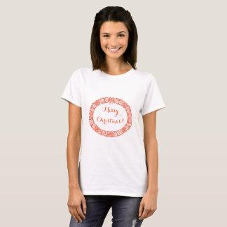 Rojo brillante en la guirnalda del navidad blanco camiseta