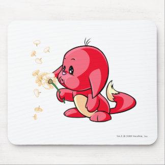Rojo de Kacheek Alfombrillas De Ratones