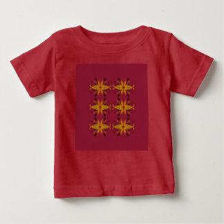 Rojo de lujo de la camiseta de los diseñadores con