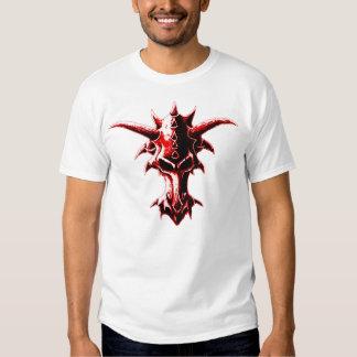 Rojo demoníaco del cráneo del dragón camisetas