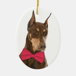 Rojo y ornamento del navidad del Doberman del moho