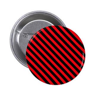 Rojo y rayas negras pins