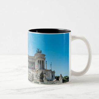 Roma en su mejor taza de café de dos colores