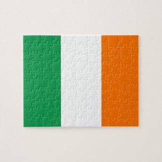Rompecabezas con la bandera de Irlanda