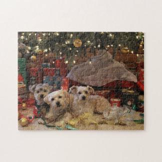Rompecabezas dañoso del navidad del perrito