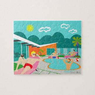 Rompecabezas gay retro de la fiesta en la piscina