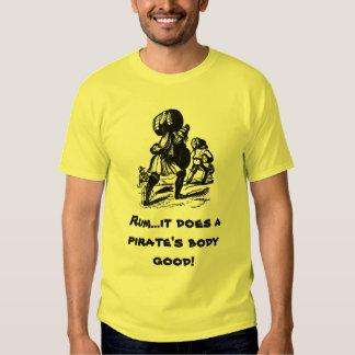 Ron para los piratas camiseta