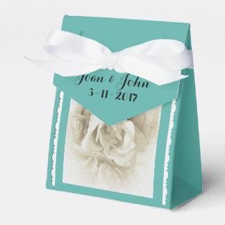 Rosa blanco azul del huevo del petirrojo para la caja de regalos