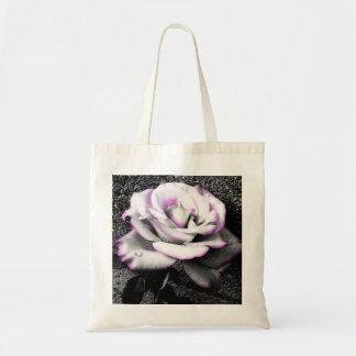 Rosa blanco de ruborización bolsas de mano