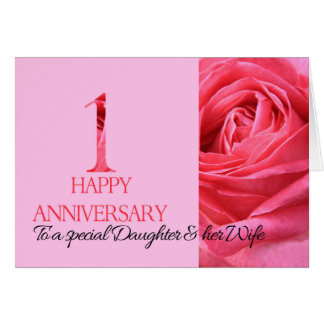 Rosa de la tarjeta del aniversario de la hija y de