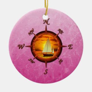 Rosa del velero y de compás adorno redondo de cerámica