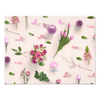 Rosa dispersado de las flores fotografía