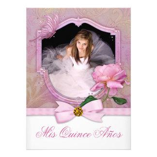 Rosa elegante Quinceanera subió mariposa de la fot Comunicados Personales
