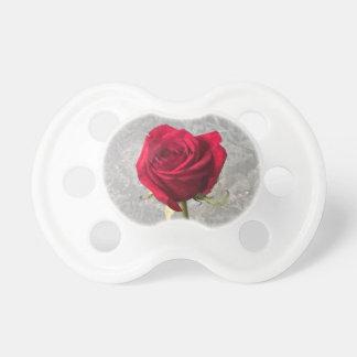 Rosa rojo chupete