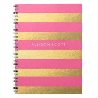 Rosa y cuaderno personalizado oro