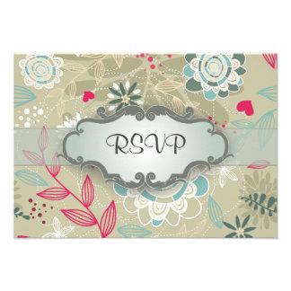 Rosa y floral azul en moreno con el letrero invitacion personal