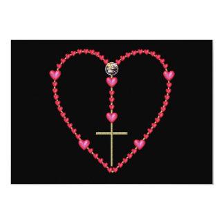 Rosario minúsculo de los corazones invitación 12,7 x 17,8 cm