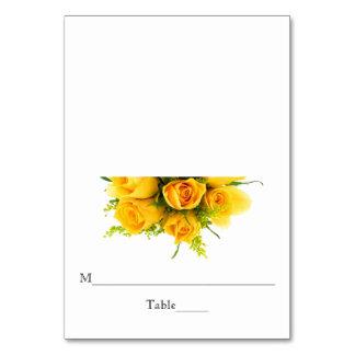 Rosas amarillos en blanco - tarjeta del