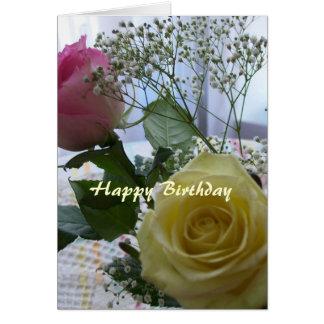 Rosas cristianos de la tarjeta del feliz cumpleaño