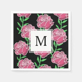 Rosas de la acuarela del país que casan las servilleta de papel