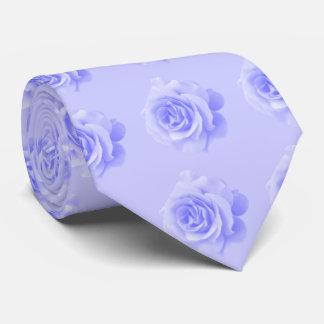 Rosas del bígaro en fondo del bígaro corbata personalizada