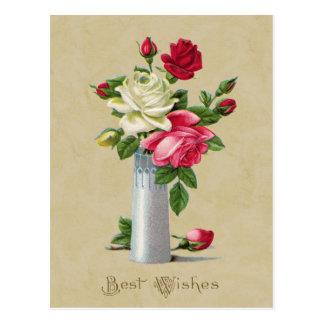 Rosas en la reproducción del vintage de recuerdos postal