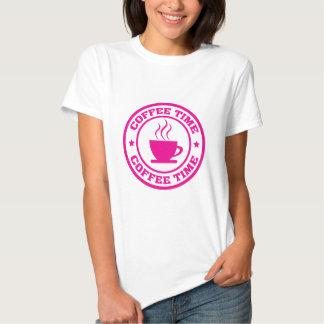 Rosas fuertes del tiempo del café camisetas