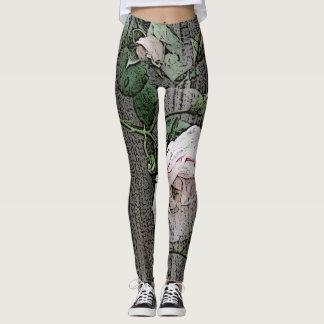 Rosas grandes en la madera leggings