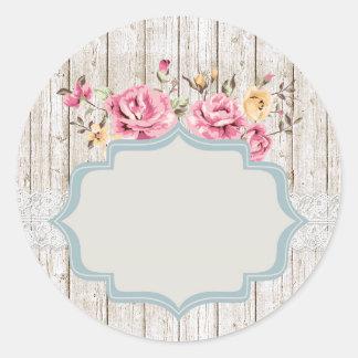 Rosas lamentables rústicos en blanco - empaquetado pegatina redonda
