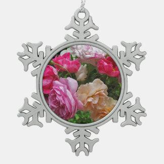 Rosas pasados de moda adornos