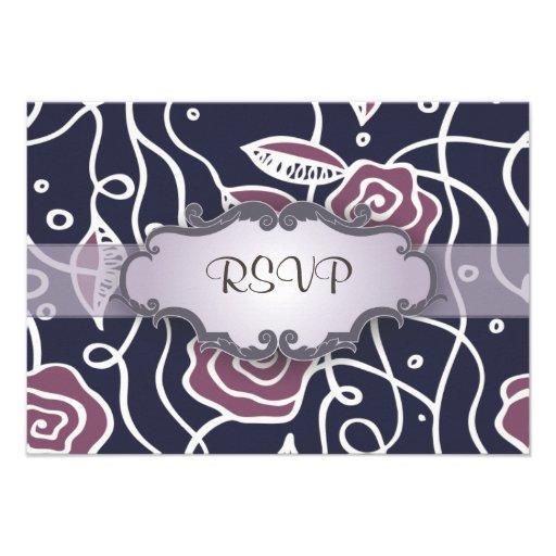 Rosas púrpuras del vitral con el letrero comunicado personalizado