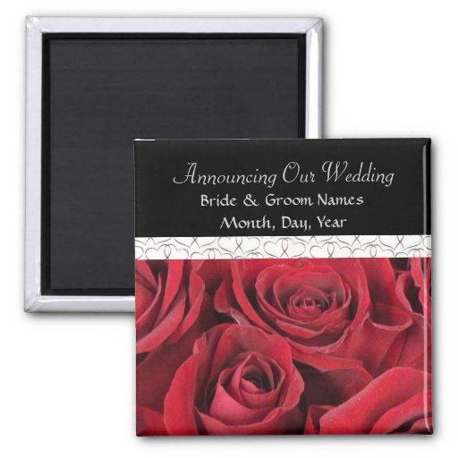 Rosas rojos que casan reserva el imán de la fecha
