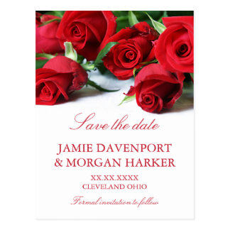 Rosas rojos románticos que casan reserva la fecha postal