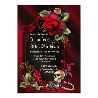 Rosas rojos y cumpleaños gótico del cráneo invitación 12,7 x 17,8 cm
